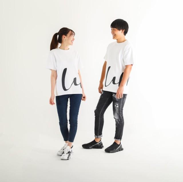 皆様 いつもご愛顧頂き有難うございます。  先日発売したビッグTに加え、新たに2種類発売となりますのでお知らせになります!! (8月中には発売予定となります。)  今回発売されるモデルは、可愛くカジュアルに、それでいて大人上品に着れるモデルとなっております。 男女お揃いで着れば、より一層可愛いと思います!  Unisex No.2  14,000円(税抜) 初のプリントT。 ブランドネーム頭文字のWとMを大胆にデザインしました。 プリントがズレないよう、右側のみ裁縫しています。  Unisex No.3  13,000円(税抜) 初のポケT。 汎用性が高くジャケットの下に着れば、ビジネスシーンでも活躍してくれます。 首元にはさりげなくて可愛いワンポイントも。  #白t  #white  #whitetshirt  #whitet  #whitemaglietta